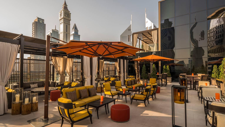 Rooftop Bar In Dubai Luna Sky Bar At Four Seasons Hotel