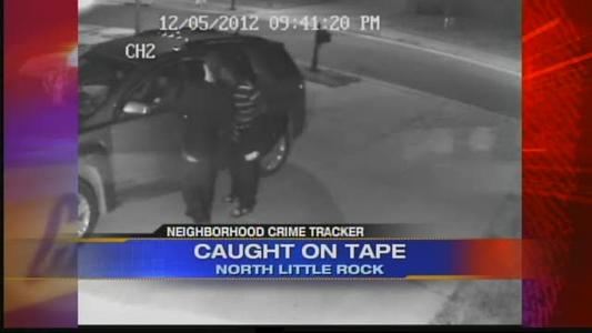 iPad stolen from car_-1984006591024708229