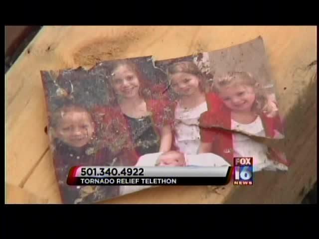 Hillary_ Tittle Family_-1899132478490197058