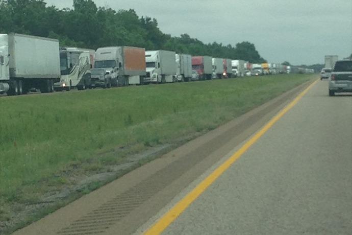 Interstate 40 Accident_7051324251556301175