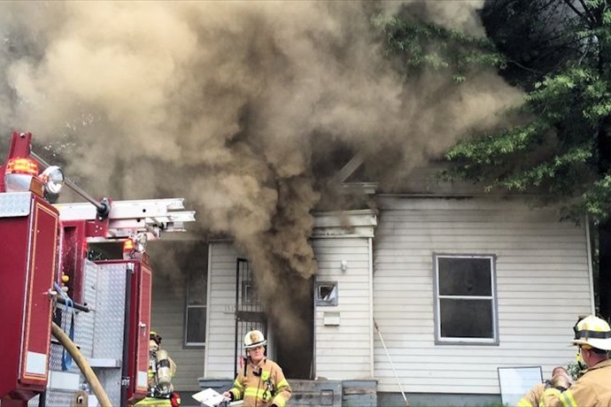 House fire at 1515 S. Pine in Little Rock_-2183400829089463922