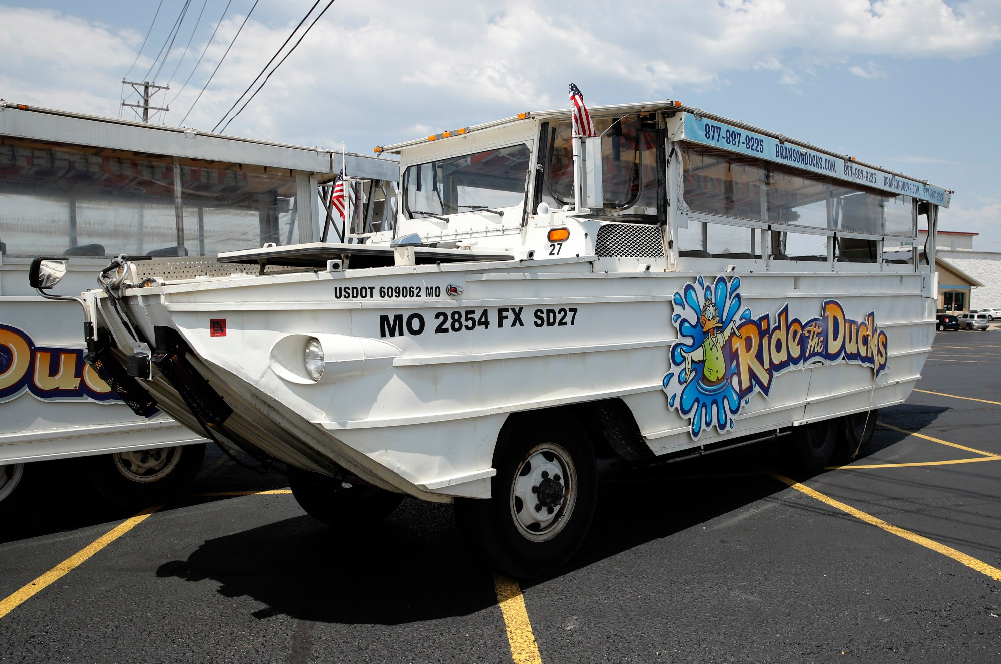 Missouri_Boat_Accident_Duck_Boats_43143-159532-159532.jpg39869346