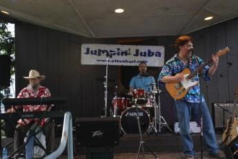 2013-concerts-03-jumpin-juba-020
