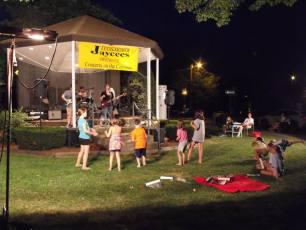 2013-concerts-04-jessica-prouty-band-001