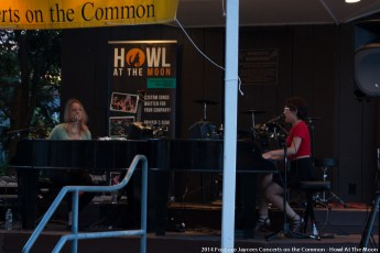 2014-concerts-06-Howl-At-The-Moon-07