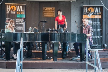 2014-concerts-06-Howl-At-The-Moon-10