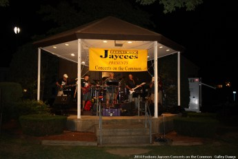 2014-concerts-10-Galley-Dawgs-021