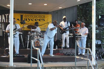2016-Concerts-03-Ultimate-Soul-Band-009