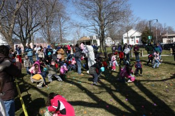 2010-easter-egg-hunt-178