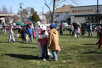 2010-easter-egg-hunt-195