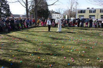 2016-easter-egg-hunt-1035