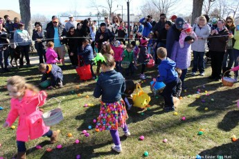 2016-easter-egg-hunt-5000