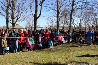 2016-easter-egg-hunt-5117