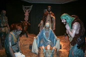 completed-nativity-015