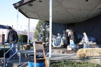 2010-christmas-nativity-16