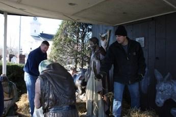 2010-christmas-nativity-23