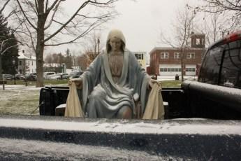 2012-nativity-setup-128