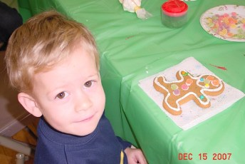 2007-kids-christmas-party-43