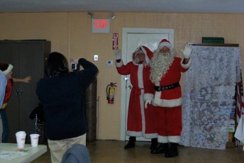 2008-kids-christmas-party-86