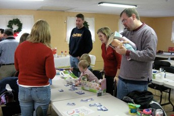 2008-kids-christmas-party-94