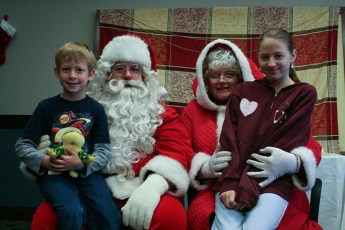 2010-kids-christmas-party-129