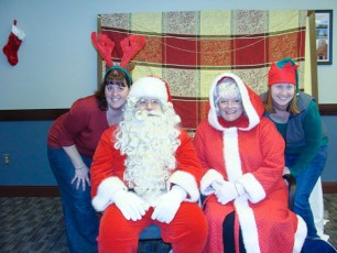 2010-kids-christmas-party-131