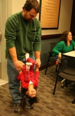 2011-kids-christmas-party-153