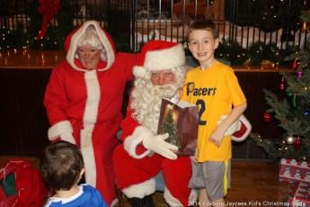 2014-jaycee-christmas-kids-party-028