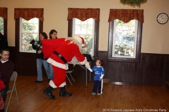 2014-jaycee-christmas-kids-party-053