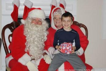 2015-jaycee-christmas-kids-party-016
