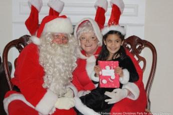 2015-jaycee-christmas-kids-party-017