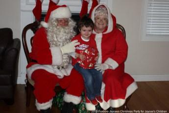 2015-jaycee-christmas-kids-party-028