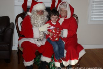 2015-jaycee-christmas-kids-party-029