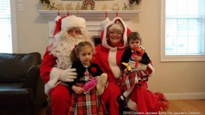 2016-jaycee-christmas-kids-party-005