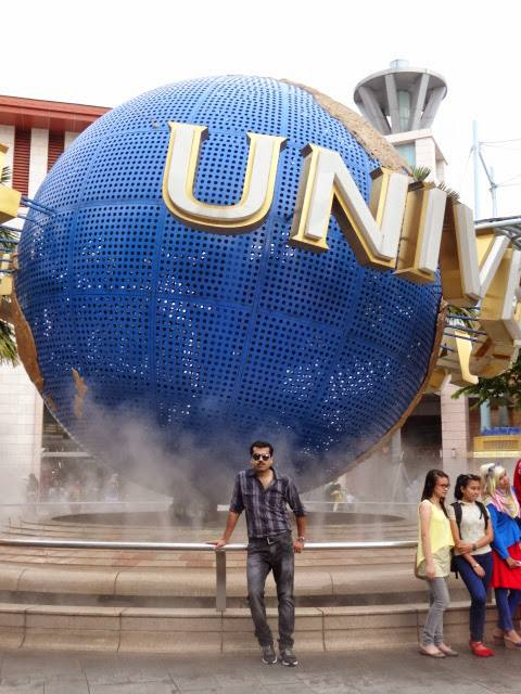Vinish at Universal Studio Singapore.
