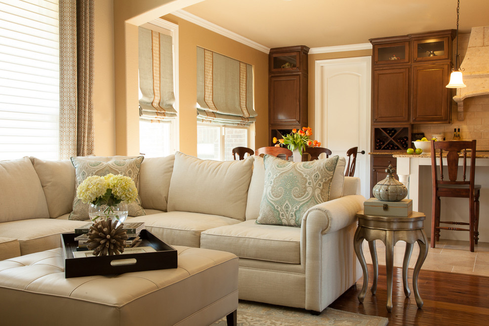 houzz living rooms with sectionals family room design ideas bernhardt sofas eclectic decorative pillows exposed traditional blue and gold cream sectional drapery kitchen