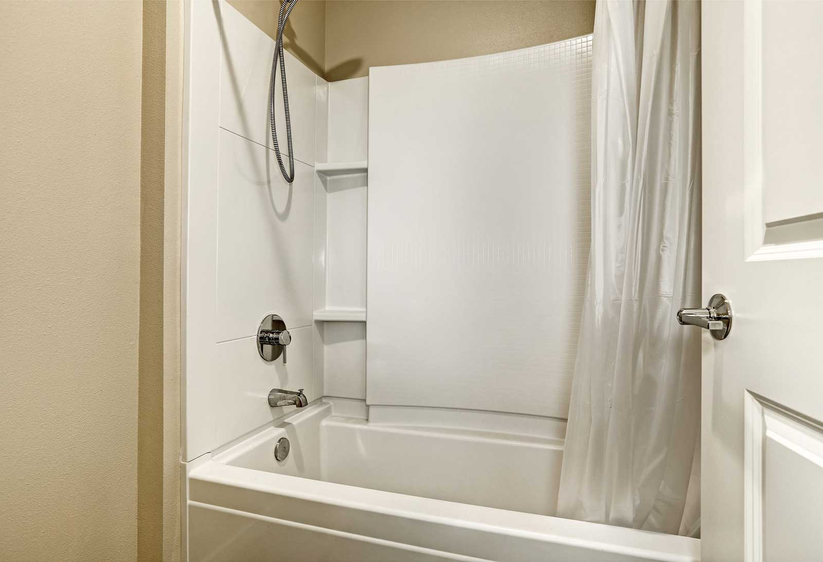 Fiberglass Bathtub  Shower Repair Experts in St Charles IL