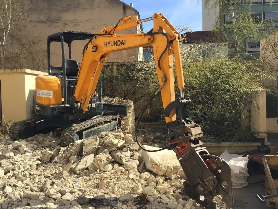 Pelle pince béton demolition FP LOC BTP