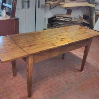 Restyling d'une table extensible pin massif