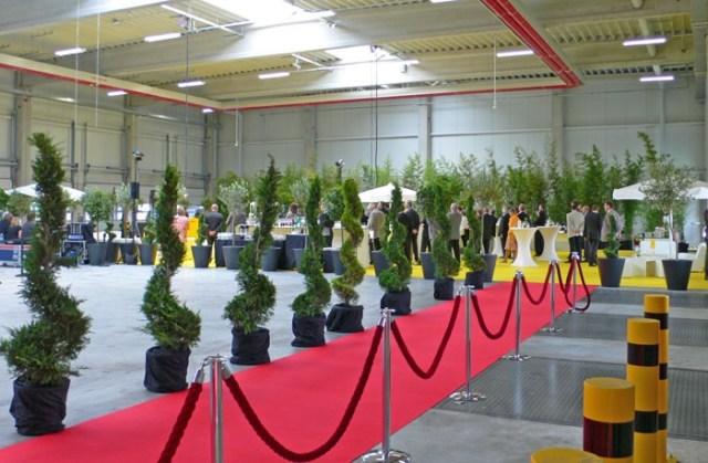 Girad Fraccaro installati nello stabilimento DHL express service center