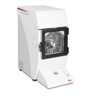 Sputter carbon and e beam coater Leica EM ACE 600