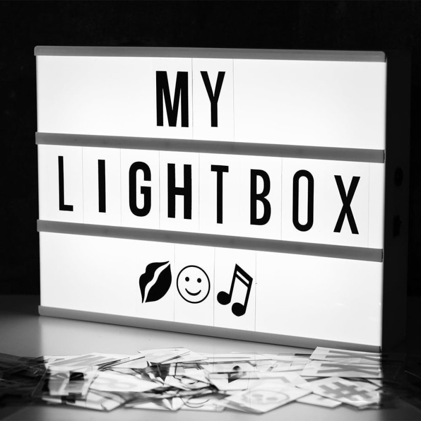LED Cinema Lightbox with changeable letter tiles