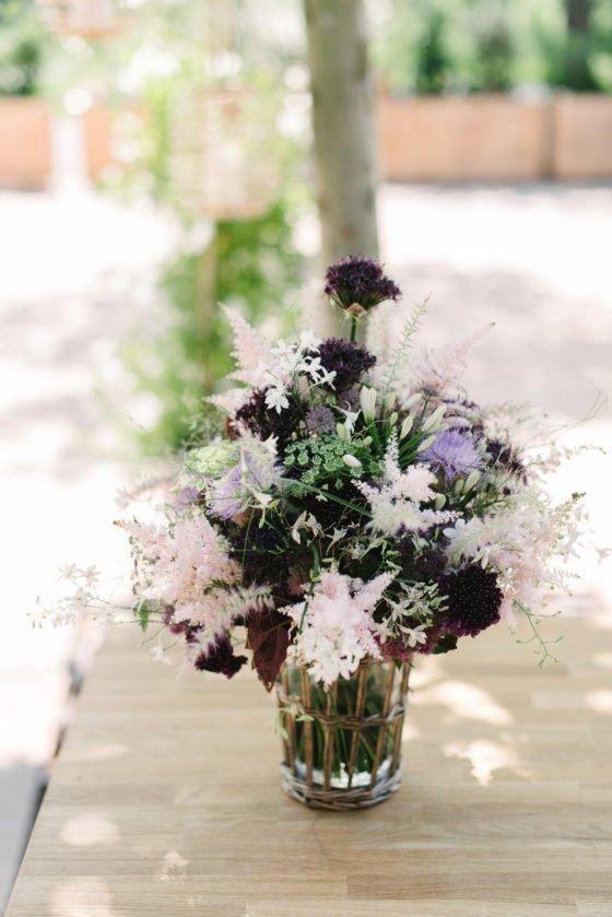 Modern Blush romantische Hochzeitsdeko mit Lavendel