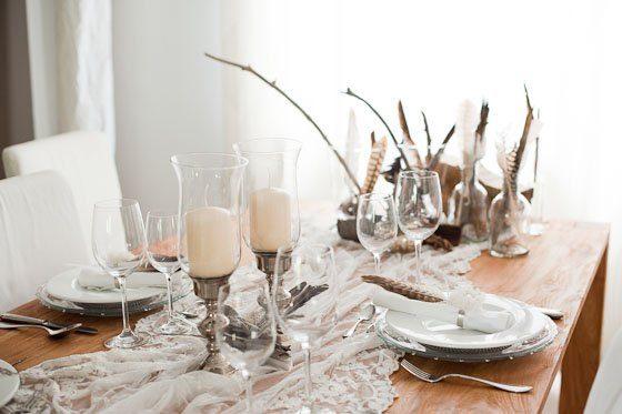 Tischdeko made by Frl K Nr 1  Edel mit Federn Holz und Silber  Frulein K Sagt Ja