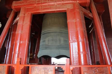 china-urlaub-erfahrungen-peking-drums-bells-tower-theater-artisten-show-59