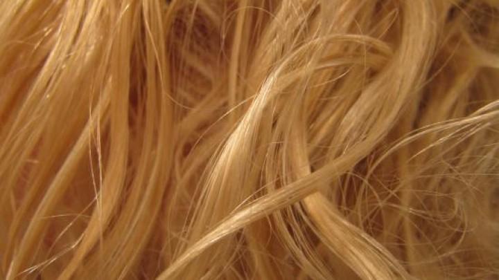 Graue Haare perfekt blond frben  Frag Mutti