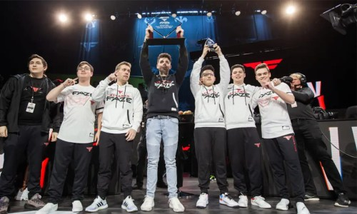 Atlanta FaZe Call of Duty League Gaming Team Holding Trophy