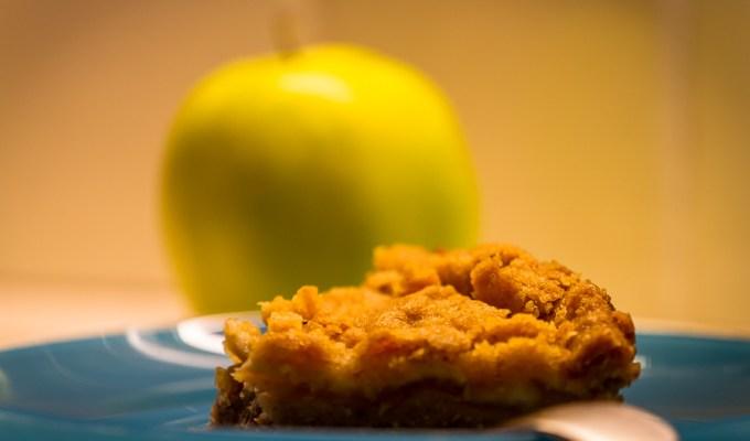 Crumble di mele, nocciole e zenzero