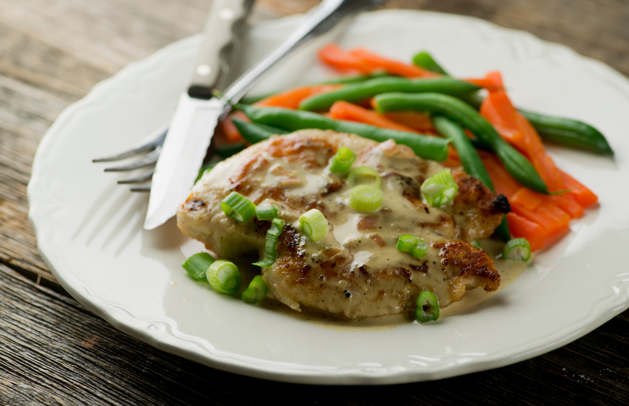Breast of chicken in cream sauce
