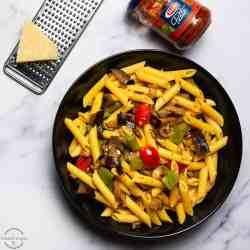 penne pasta with sundried tomato pesto